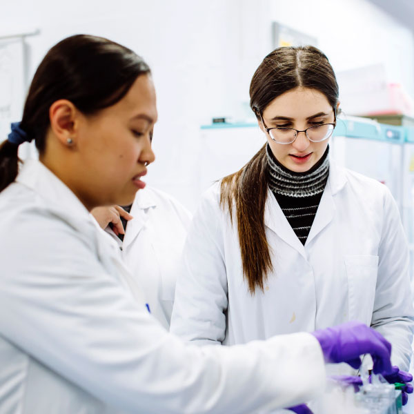 Female researchers in a lab