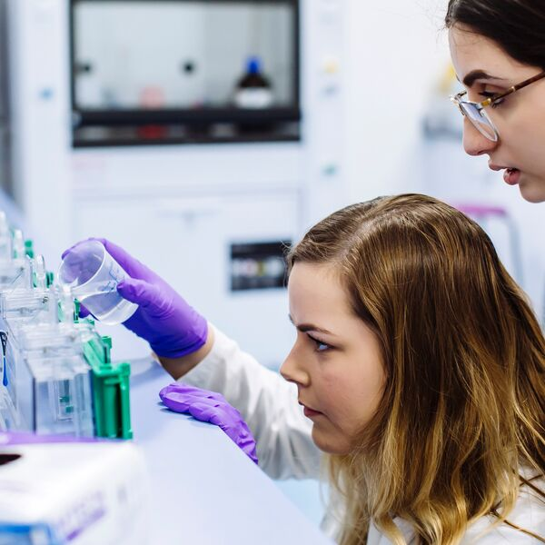 Two female students in lab