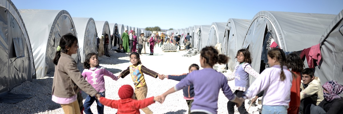 Syrian refugees families in Turkey 2015