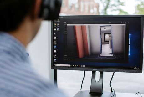 Research participant at University of Portsmouth using Virtual Burglary software